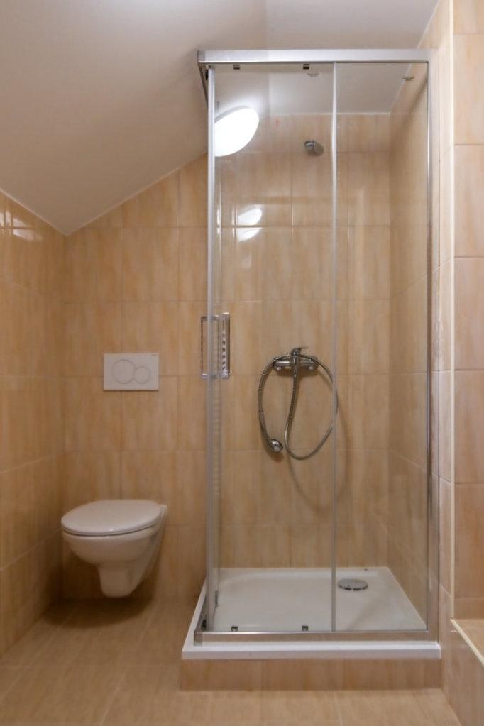 Pokoj 4 Koupelna | Pension & Restaurant Bouda U Kostela